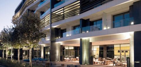 THE MET HOTEL