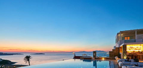 BILL & COO SUITES & LOUNGE - MYKONOS TOWN